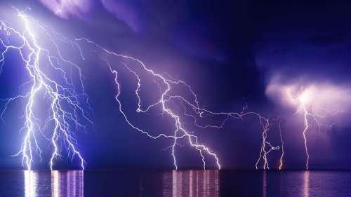 Les éclairs pourraient avoir fourni l'étincelle ayant permis l'émergence de la vie sur Terre