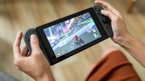 Une Nintendo Switch avec un écran OLED de plus grande taille pourrait sortir à la fin de l'année