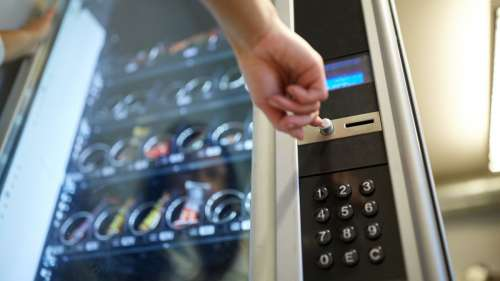 Le saviez-vous ? Aux États-Unis, les distributeurs automatiques tuent plus que les requins