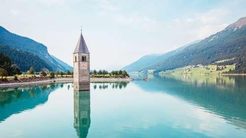 Un village en Italie refait surface 70 ans après avoir été englouti sous les eaux