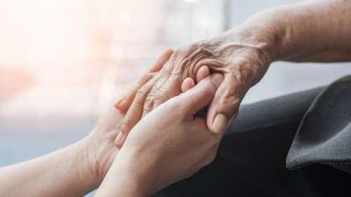 Alzheimer : un vaccin vient de passer avec succès les essais cliniques de phase 2