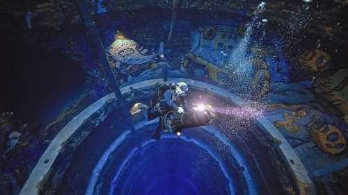 La piscine la plus profonde du monde vous offre un plongeon dans une ville engloutie