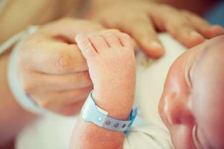 Grossesse: exposition au plomb, petit poids de naissance