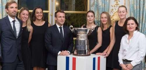 Emmanuel Macron Les Coulisses D Une Victoire Les Cinq Moments Les Plus Insolites Sur Buzz Insolite Et Culture