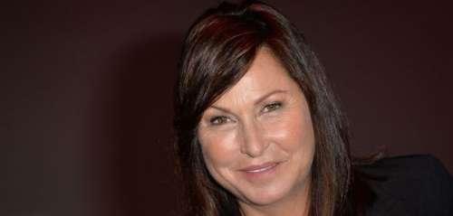 Evelyne Thomas révèle avoir été agressée sexuellement au travail