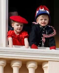 Jacques de Monaco : le fils du Prince Albert fait sensation en arborant son premier uniforme officiel de carabinier