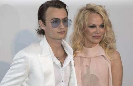 Pamela Anderson mariée en secret à Jon Peters : son fils Brandon