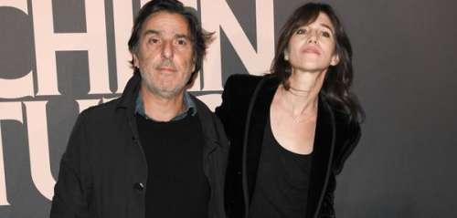 Charlotte Gainsbourg et Yvan Attal dévoilent leurs numéros de portable pour retrouver leur chat à New York