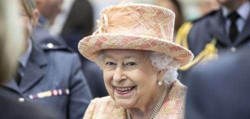 La reine Elizabeth II fait sa première sortie officielle depuis le Megxit