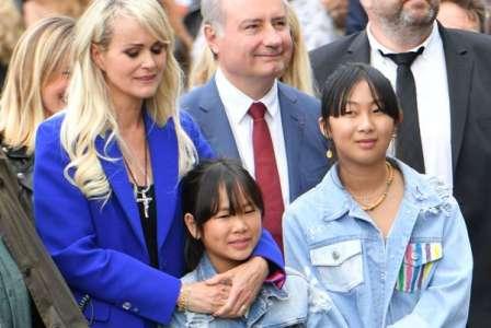 Laëticia Hallyday : sa magnifique déclaration à ses deux filles Jade et Joy