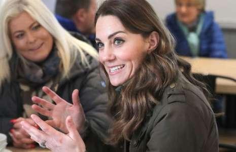 Kate Middleton dans un style décontracté pour une visite surprise à la ferme