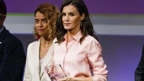 Letizia d'Espagne s'inspire d'un look très féminin de Meghan Markle