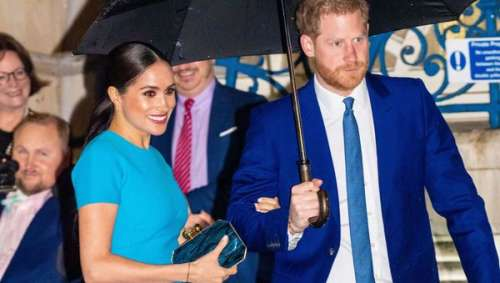 Meghan Markle opte pour un mini sac à main signé Stella McCartneyau prix salé