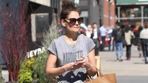 Katie Holmes dégaine le jogging pour une sortie décontractée dans les rues de New York