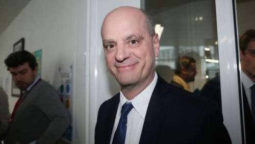 Jean-Michel Blanquer : quel baron de la droite est un ami d'enfance ?
