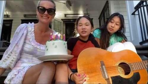 Laeticia Hallyday évoque le souvenir de Johnny : sa surprise musicale avec Jade et Joy pour l'anniversaire d'une amie