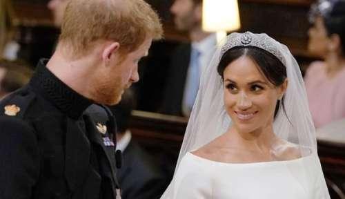 Mariage de Meghan et Harry : pourquoi Elizabeth II a été surprise par sa robe de mariée