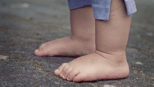 Un petit garçon de 3 ans échappe à la vigilance de ses parents et disparaît toute une nuit