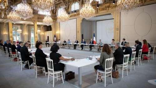 Emmanuel Macron et ses nouveaux ministres à l'Elysée :