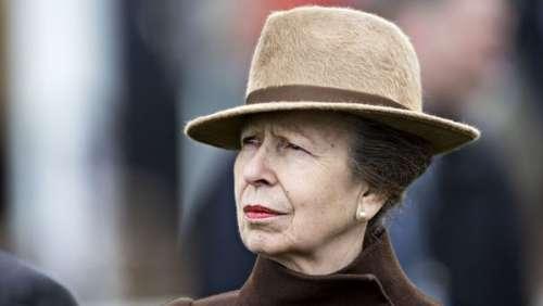 Princesse Anne impassible: cette bourde qui ne l'a pas du tout déstabilisée