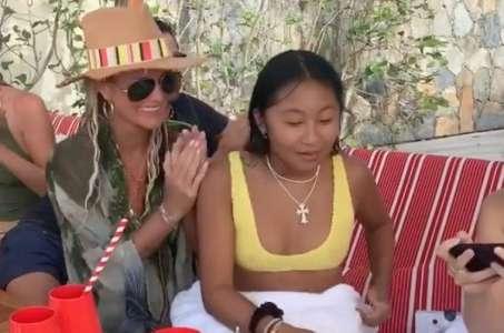 Laeticia Hallyday maman émue : son sublime message d'amour pour fêter les 16 ans de sa fille Jade (VIDEO)
