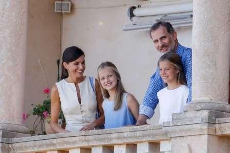 Letizia d'Espagne et Felipe : cette tradition qu'ils vont briser pendant leurs vacances avec leurs filles