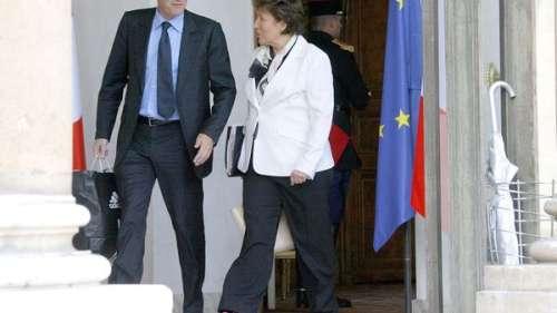 Roselyne Bachelot : son coup d'éclat mode au conseil des ministres validé par Cristina Cordula (VIDEO)