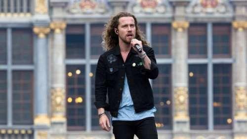Julien Doré : son hommage discret au chanteur Christophe