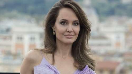 Angelina Jolie : son don surprise à deux enfants de six ans