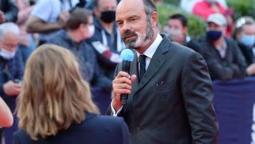 Édouard Philippe : ce petit plaisir surprenant lors de certaines de ses rencontres à Matignon