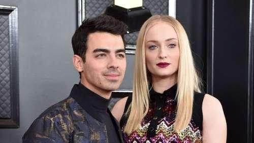 Sophie Turner maman : la femme de Joe Jonas dévoile des photos inédites de son ventre arrondi