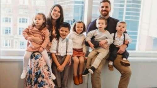 En trois ans, ces parents ont fondé une famille de 9 enfants :