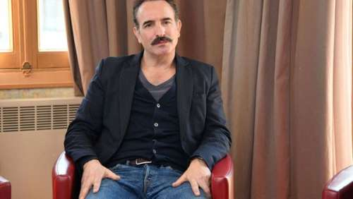 Jean Dujardin : cette photo de son dernier film qui va intéresser Nicolas Sarkozy