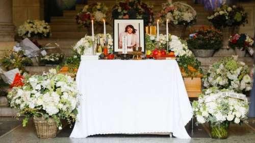 Obsèques de Kenzo : Cristina Cordula, Inès de la Fressange, les personnalités de la mode lui rendent un dernier hommage