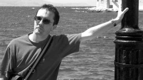 Hommage à Samuel Paty : pourquoi le montant de la cagnotte pour ses proches ne sera pas dévoilé