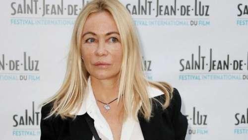 Emmanuelle Béart sort de sa réserve et s'offre un gros coup de gueule