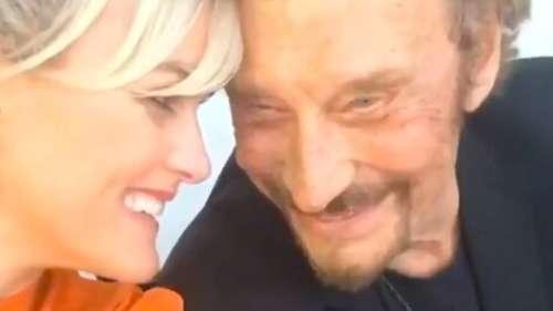 """Laeticia Hallyday : la veuve de Johnny évoque sa """"douleur encore forte"""" pour les trois ans de la mort du chanteur"""