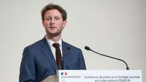 Clément Beaune : qui est le secrétaire d'Etat qui a fait son coming out