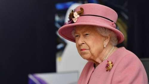 Elizabeth II dévoile sans le vouloir un cliché inédit de ses petits enfants