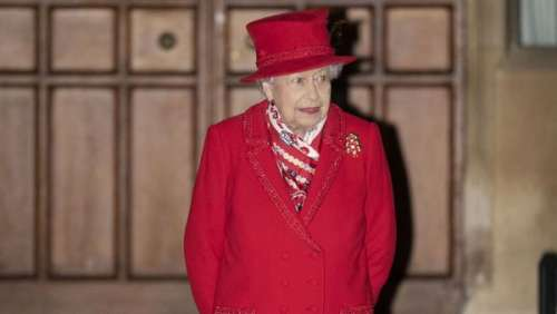 La reine Elizabeth II : ce petit détail sur son sapin de Noël qui change tout