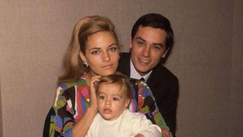 Mort de Nathalie Delon :l'ex-femme d'AlainDelon est-elle la mère d'Alain-Fabienet Anouchka ?