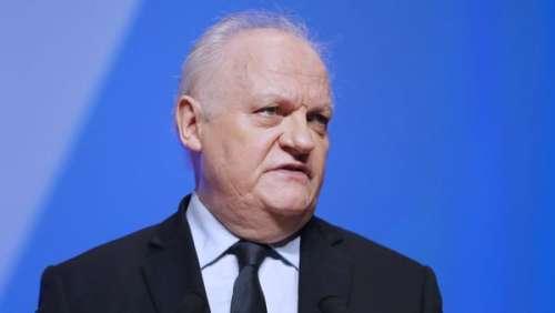 L'ex-candidat à la présidentielle, François Asselineau, en garde à vue