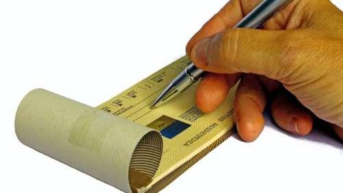 Un contribuable fait un gros chèque à l'Etat pour… réduire le déficit !