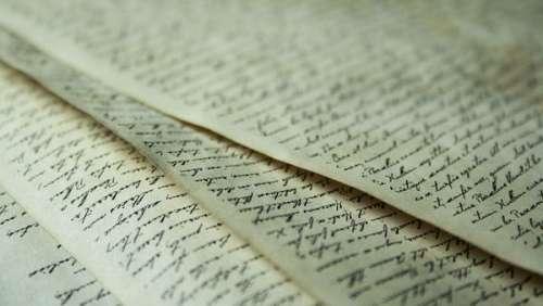 Une lettre d'amour retrouvée dans l'épave d'un bateau reconstituée 80 ans après