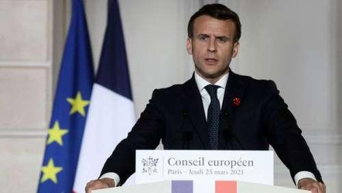 Emmanuel Macron : ce petit détail sur sa tenue qui est passé inaperçu