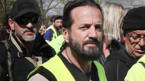 Francis Lalanne : le gros dérapage du chanteur en pleine rue à Nice