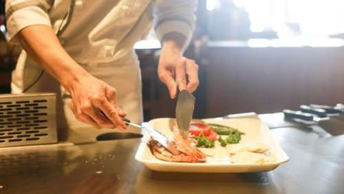 Un homme victime d'un terrible accident domestique dans sa cuisine