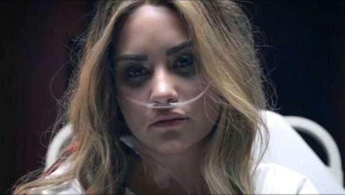 Demi Lovato : elle remet en scène son overdose dans son nouveau clip