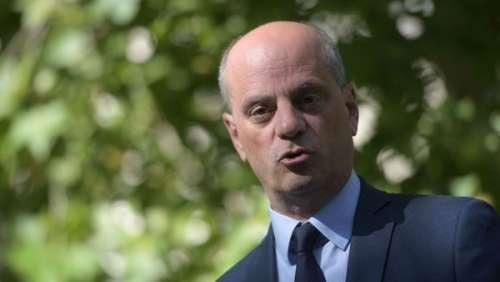 Jean-Michel Blanquer cas contact : le ministre a-t-il des symptômes ?