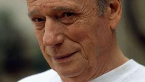 Yves Montand : son fils Valentin s'exprime sur les accusations d'inceste de Catherine Allégret
